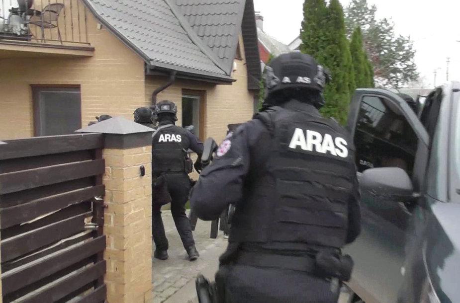 """""""Aro"""" pareigūnai sulaiko narkotikų prekybos vadeivą"""