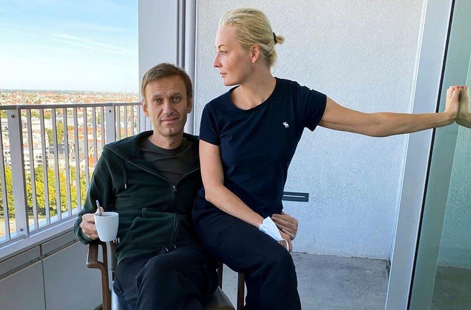 Aleksejus Navalnas ir Julija Navalnaja ligoninėje Berlyne