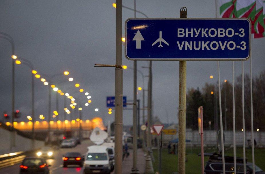 Kelias į Maskvos Vnukovo oro uostą