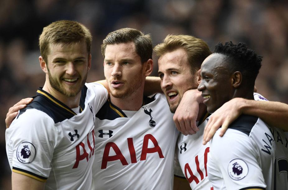 """""""Tottenham"""" futbolininkai"""