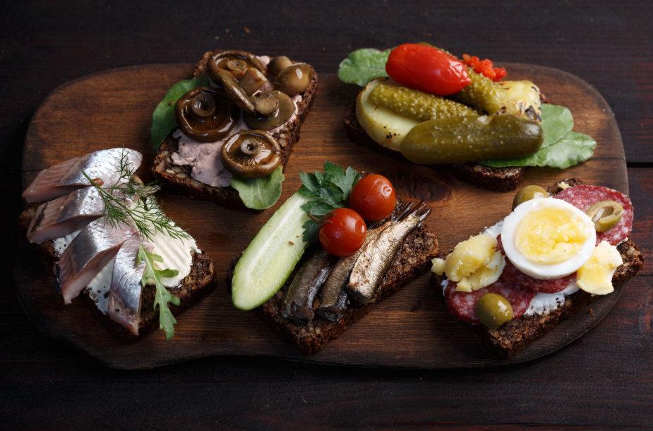 Tradiciniai daniški sumuštiniai, kurių tiesiog privalu paragauti Kopenhagoje