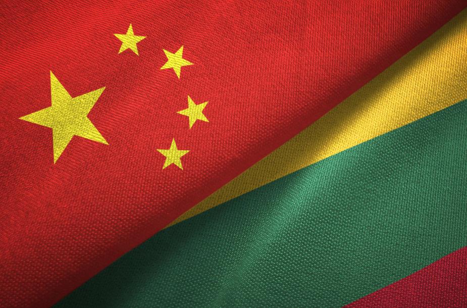 Kinijos ir Lietuvos vėliavos