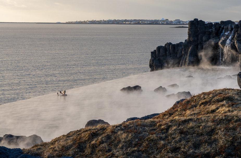 """Nauja atrakcija Islandijoje – """"SKy Lagoon"""""""