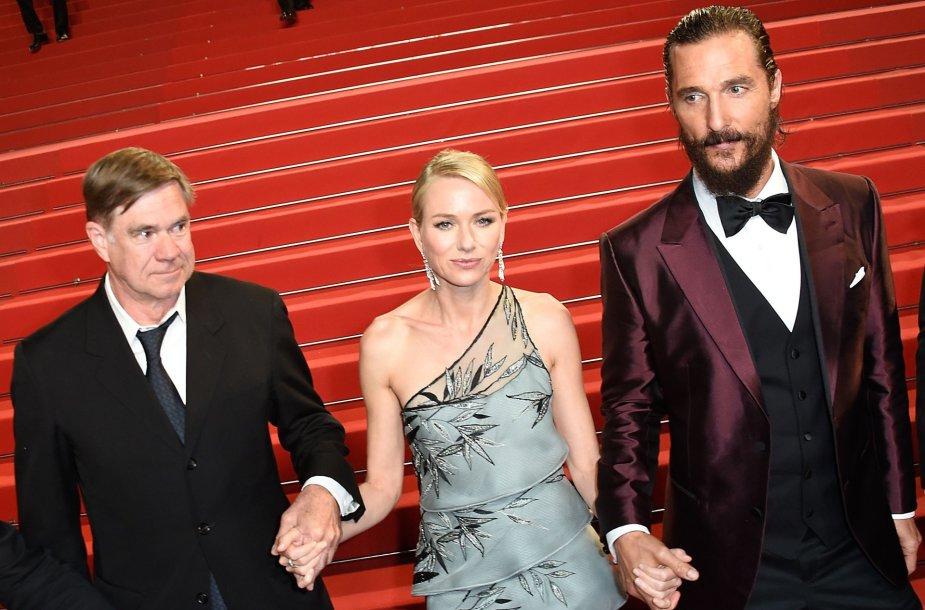 Iš kairės: režisierius Gusas Van Santas ir aktoriai Naomi Watts bei Matthew McConaughey