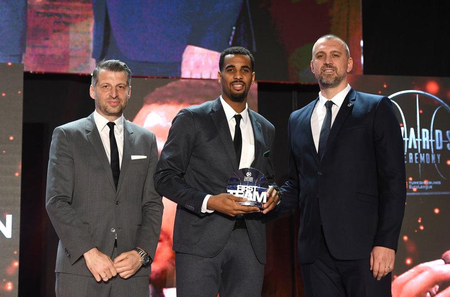 Brandonas Daviesas Eurolygos apdovanojimų ceremonijoje