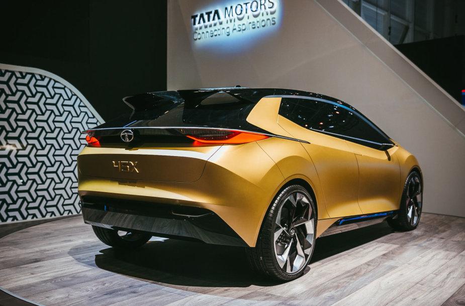 """Indijos """"Tata"""", valdanti """"Jaguar Land Rover"""", parodė, kaip prabanga atrodo jų akimis"""