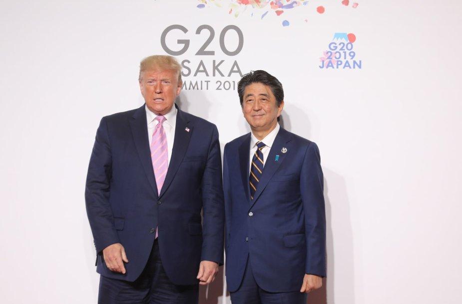 Donaldas Trumpas ir Shinzo Abe