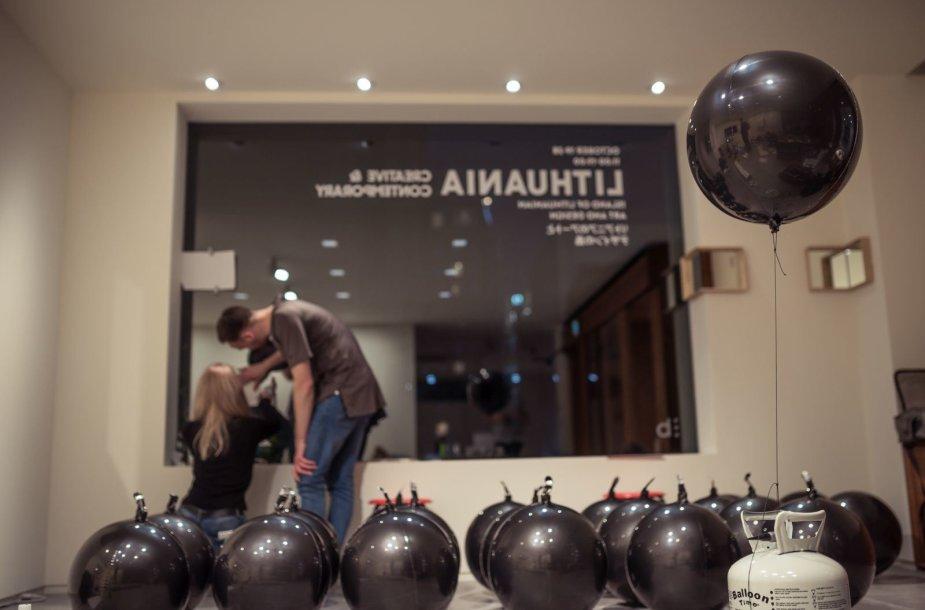 Tokijuje Lietuvos kūrėjai pristato dizainą, šiuolaikinį meną ir kultūros lauko aktualijas