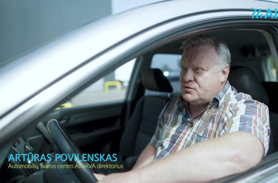 automobiliu-svaros-centro-ainava-direktorius-papasakojo-kaip-megautis-automobilio-plovimu