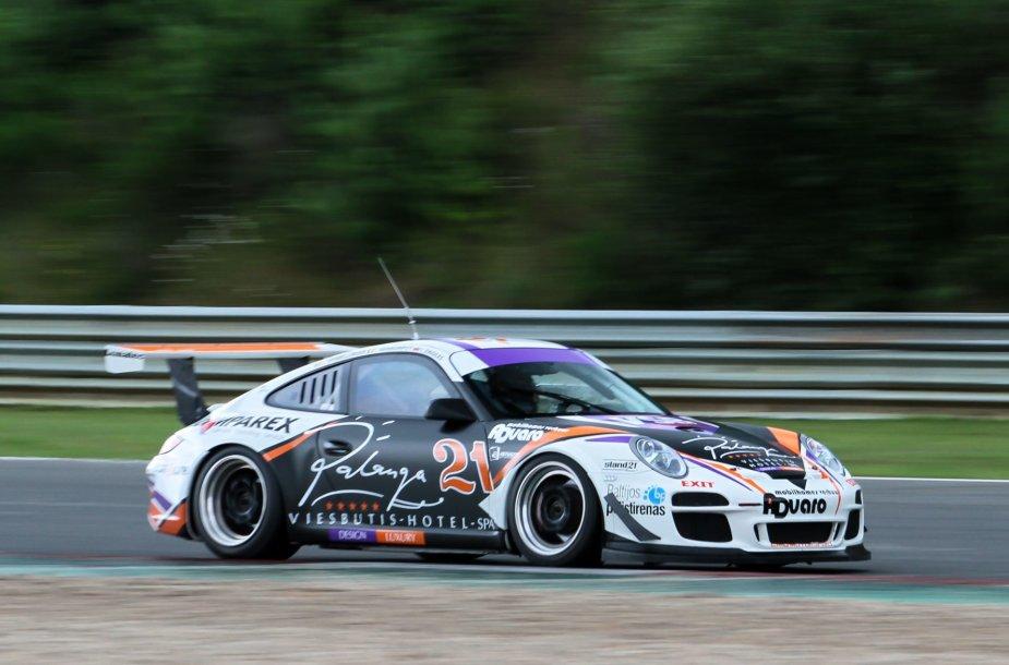 """Palanga Spa hotel by EMG Motorsport"" komandos ""Porsche 911 GT3 Cup"""