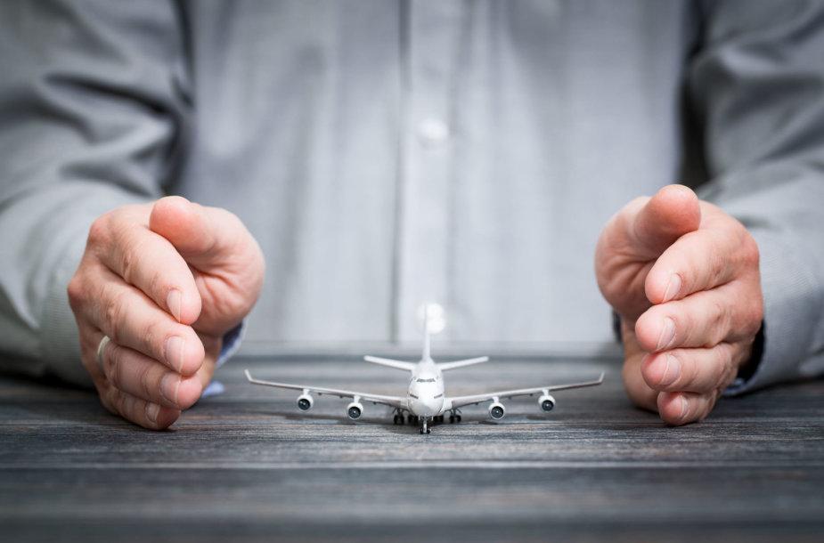 Kelionės draudimas gali apsaugoti ir nuo papildomų skrydžių išlaidų