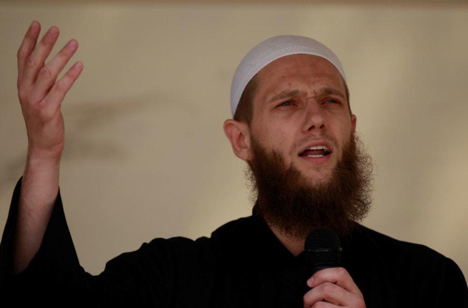 Teismas Vokietijoje nuteisė kalėti žinomą islamistų pamokslininką Sveną Lau
