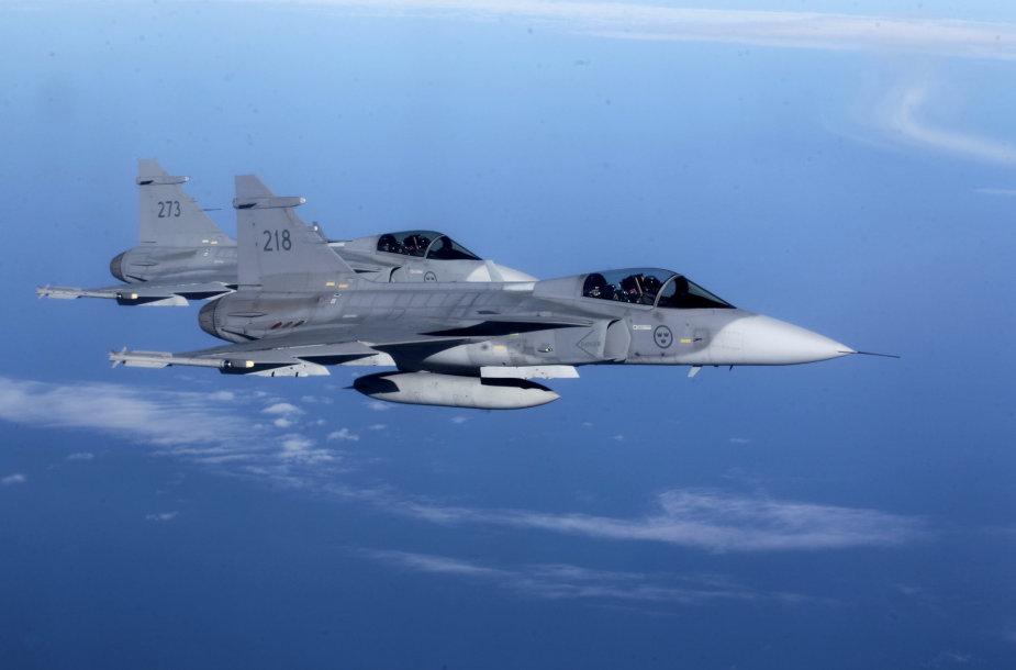 """Švedijos naikintuvai """"JAS 39 Gripen"""""""