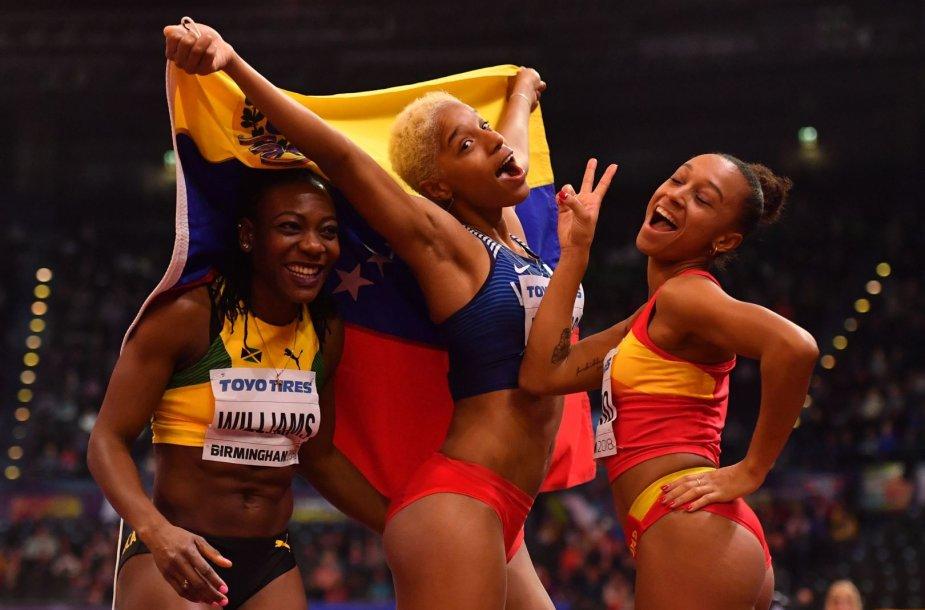 Kimberly Williams, Yulimar Rojas ir Ana Peleteiro