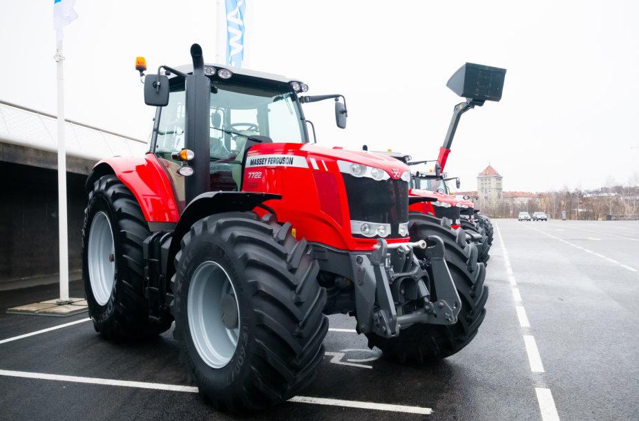 Moderniausia žemės ūkio technika