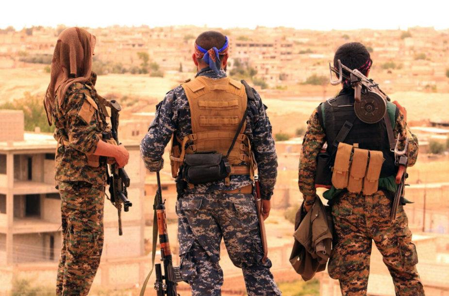 SDF kovotojai