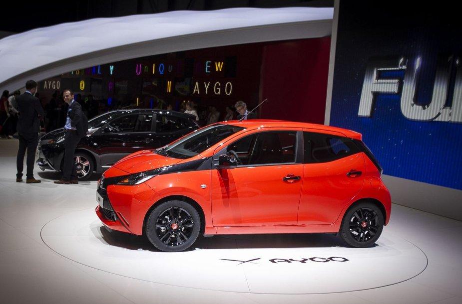 """Ženevoje pristatytas naujasis """"Toyota Aygo"""""""