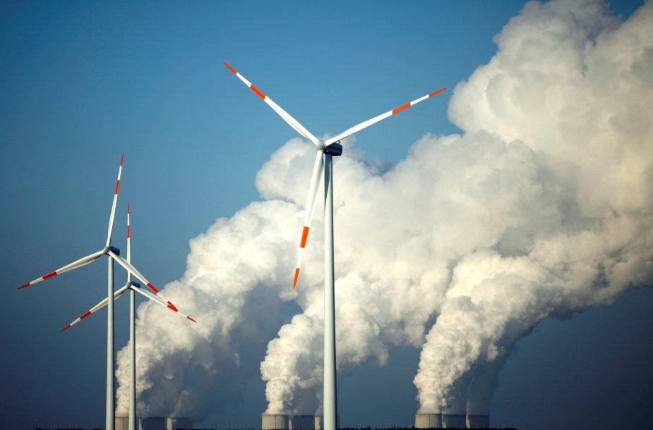 Šiluminė elektrinė ir vėjo jėgainės Vokietijoje