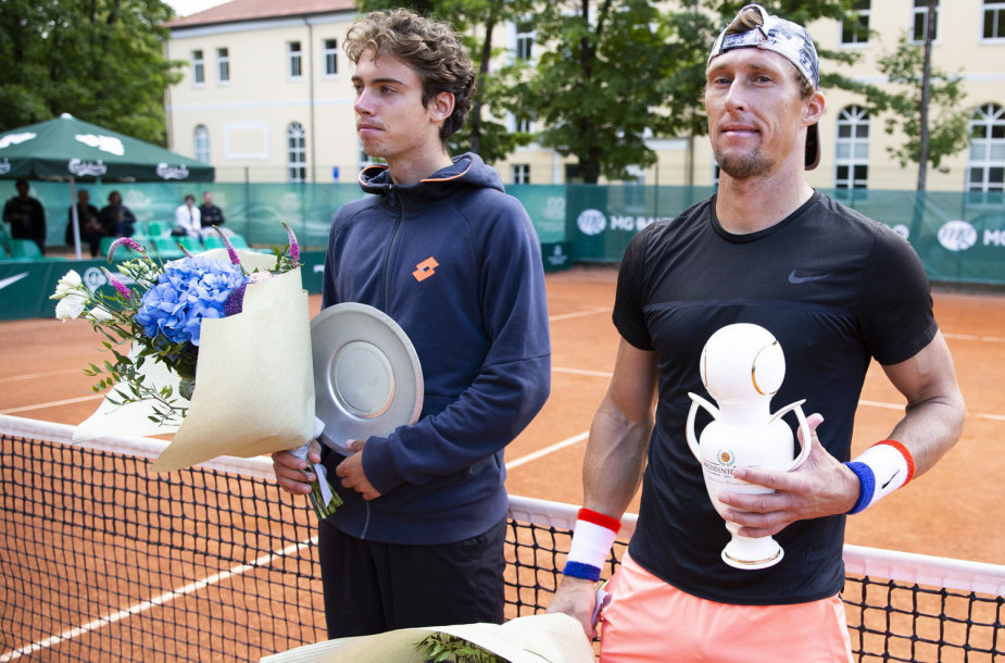 Savrijanas Danilovas (kairėje) ir Ivanas Nedelka (dešinėje)