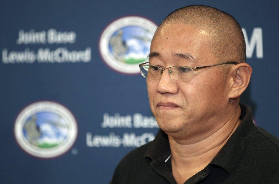 Vienas iš Šiaurės Korėjoje kalėjusių  JAV piliečių - Kennethas Bae.