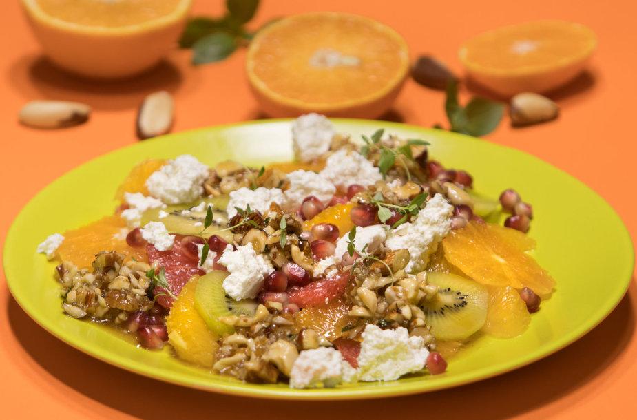 Citrusų salotos su varške