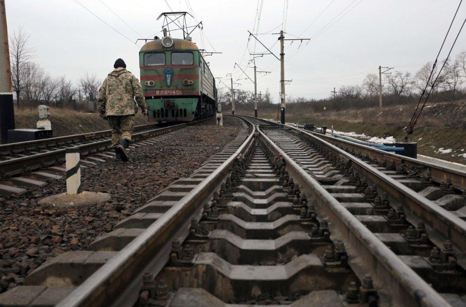 Geležinkelio keliai į užimtą Donbasą užblokuoti