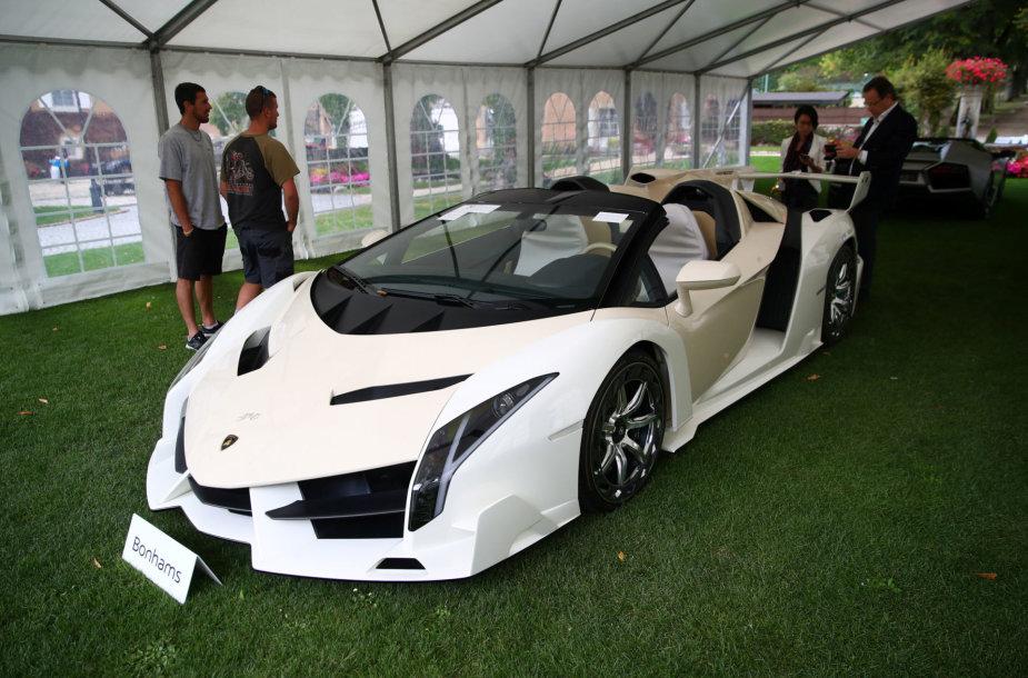 """Lamborghini Veneno Roadster"""