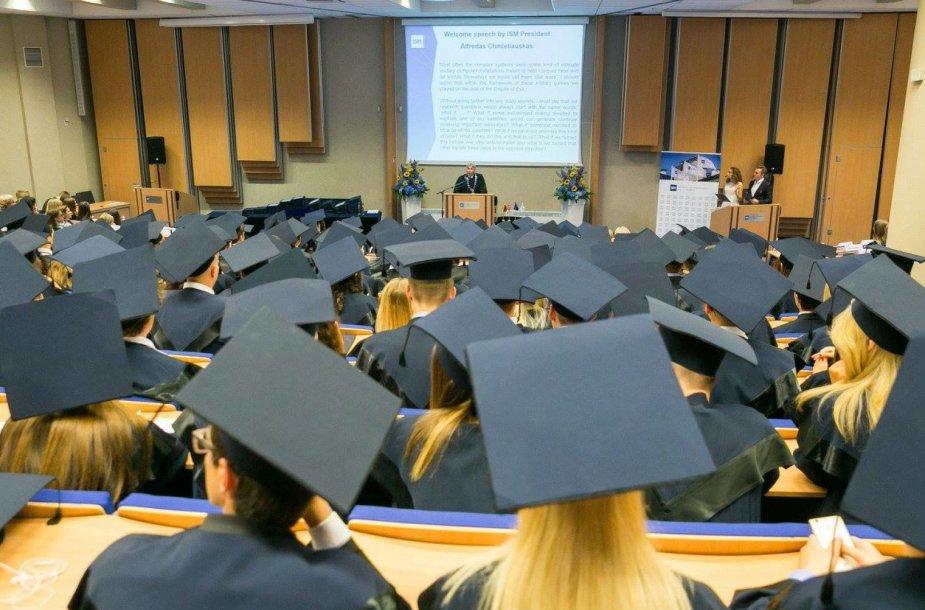 ISM diplomų įteikimo šventė 2017