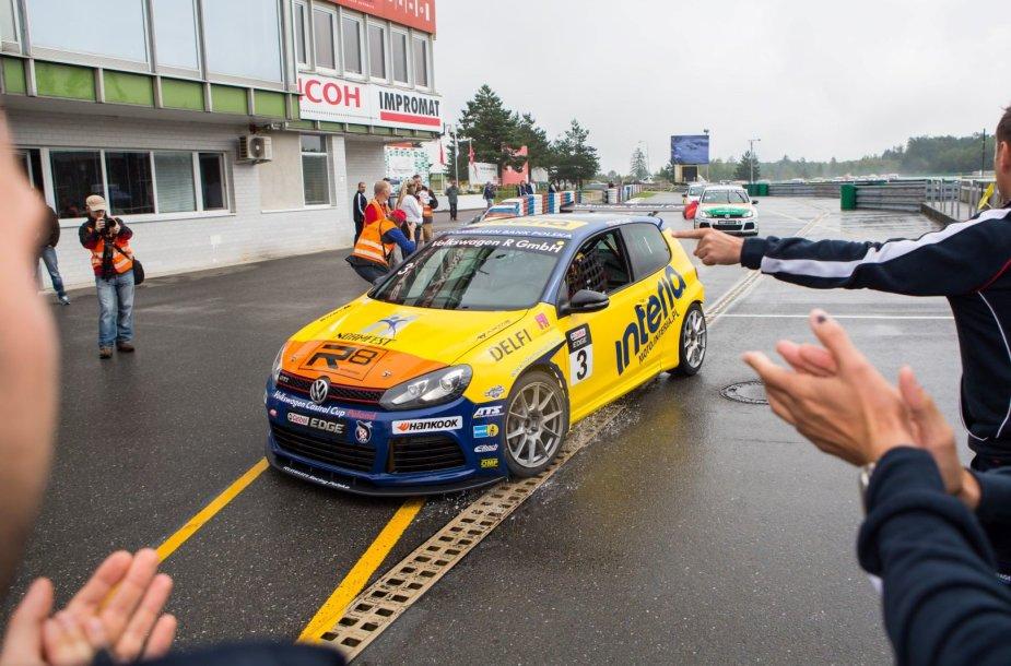 """Volkswagen Castrol Cup"" lenktynės Brno trasoje Čekijoje"