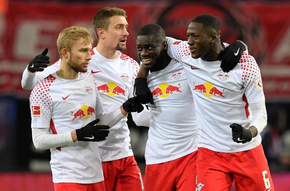 """""""Leipzig"""" futbolininkai 2:1 įveikė Miuncheno """"Bayern"""" komandą."""