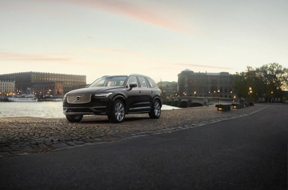 """Volvo XC90 Inscription"""