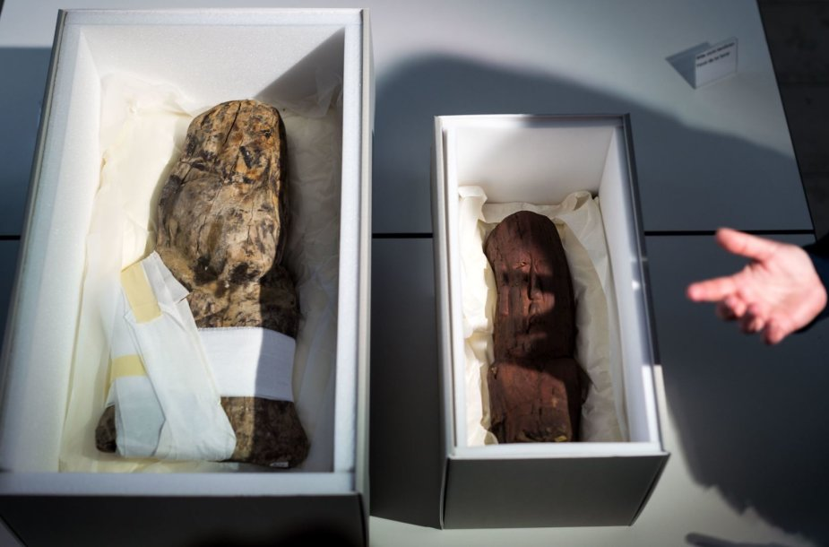 Vokietija grąžino Meksikai 3 000 metų senumo medines olmekų skulptūras