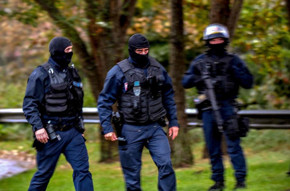 Prancūzijos policija surengė reidą šiizmo centre