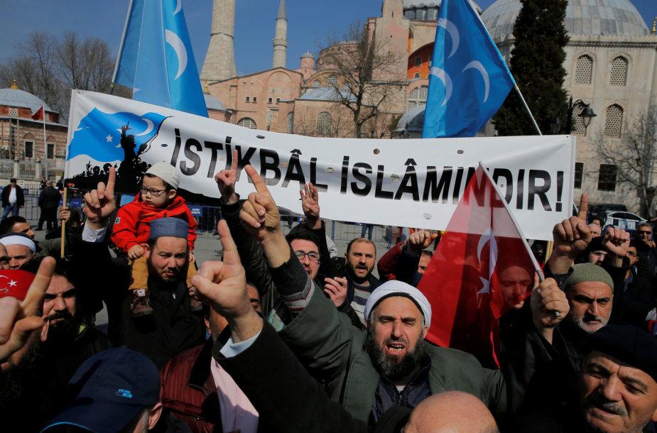 Po šaudynių Naujojoje Zelandijoje turkai protestavo prie Sofijos soboro Stambule