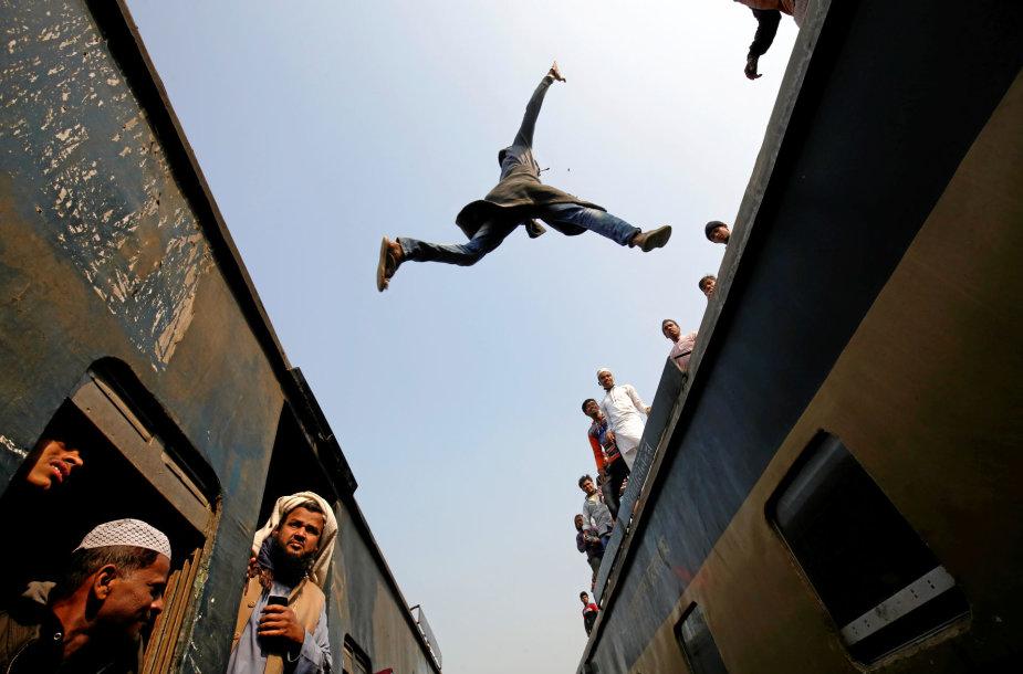Traukinys Bangladeše