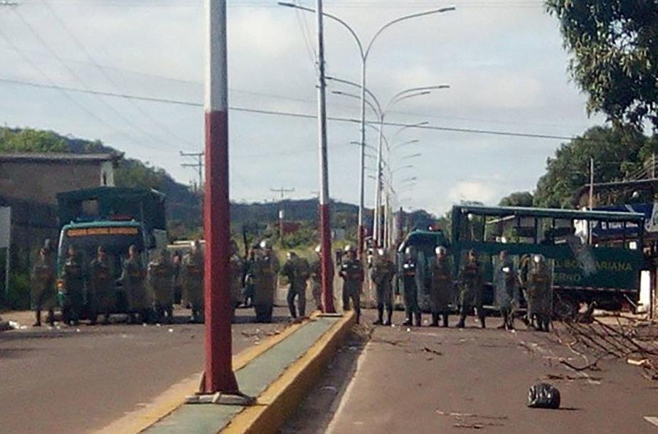 Venesuelos kalėjime kilo mirtinos riaušės