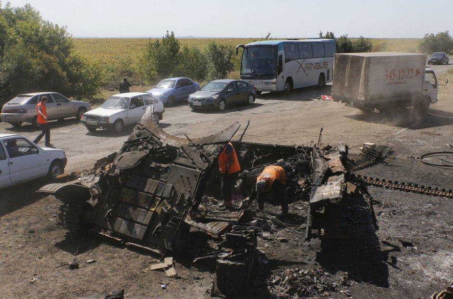 Netoli Donecko sunaikintas Ukrainos armijos tankas