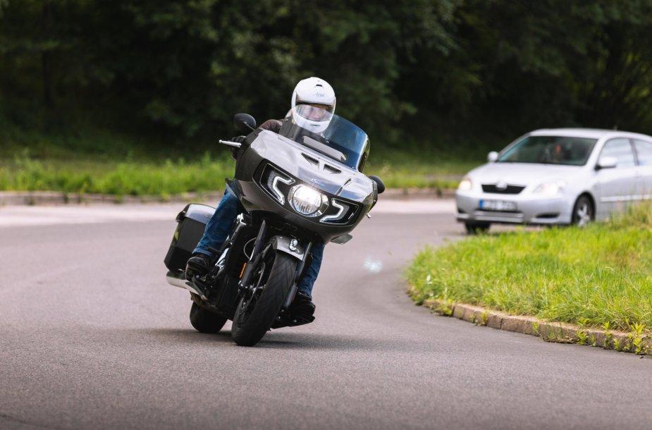 "Motociklas ""Indian Challenger"""
