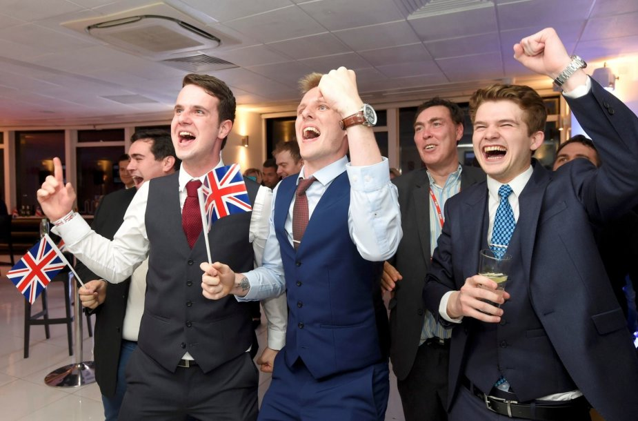 Pasitraukimo iš ES šalininkai švenčia pergalę