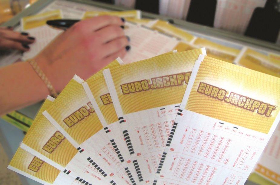7 mln. 643 tūkst. eurų arba daugiau kaip 26 mln. litų – didžiausias kada nors Lietuvoje laimėtas loterijos prizas.