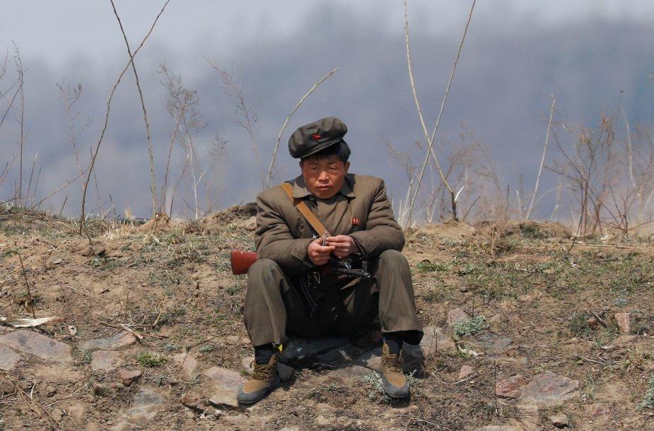 Šiaurės Korėjoje budintis pareigūnas