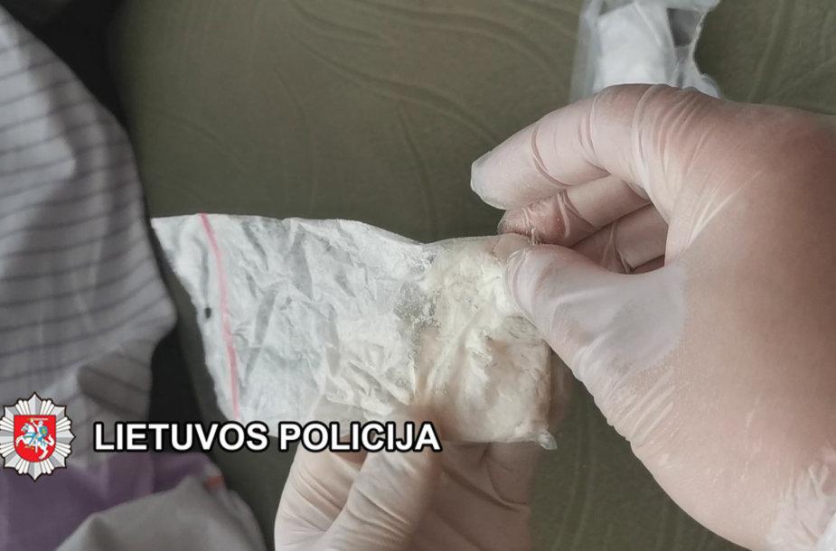 Uostamiestyje baigtas didelės apimties tyrimas dėl narkotinių medžiagų platinimo.