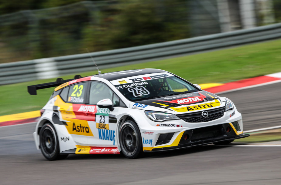 """Opel Astra TCR"""