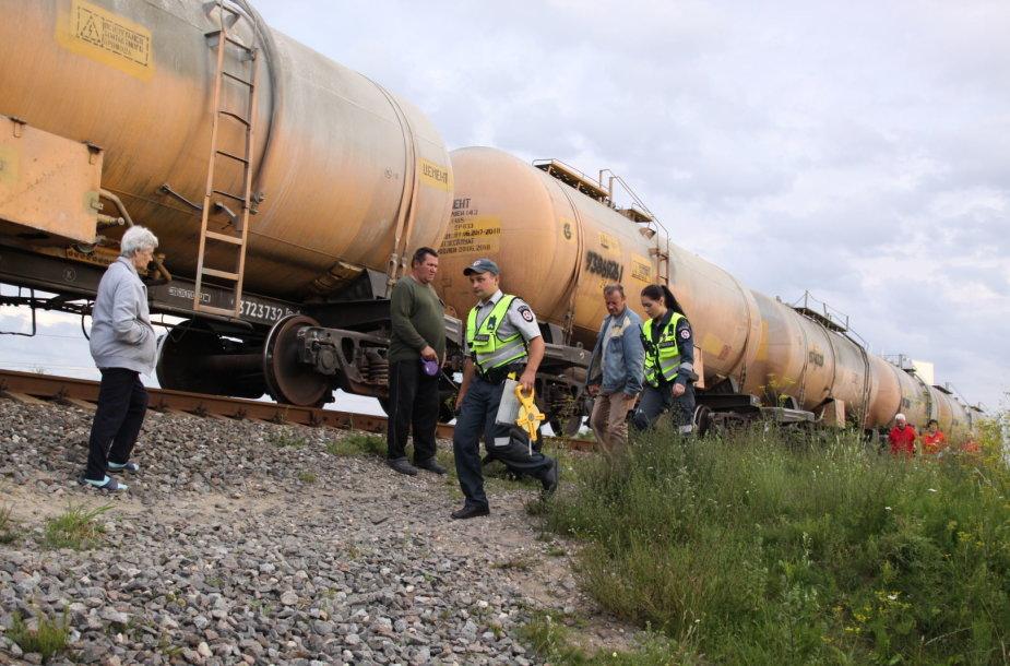Tauragėje traukinio mašinistas manė partrenkęs žmogų