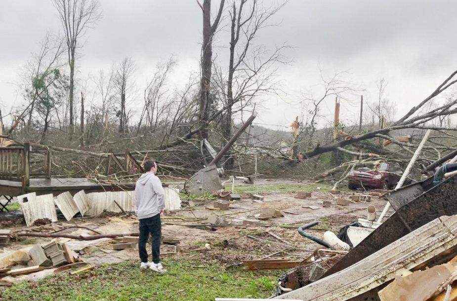 Tornado Alabamoje pasekmės