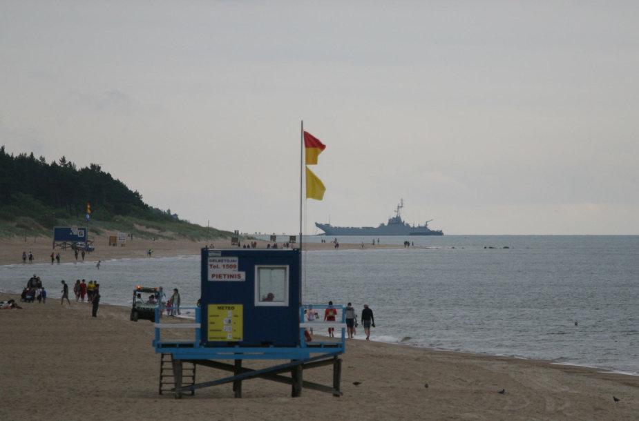 """Lenkų karinis laivas """"Gnezno"""""""