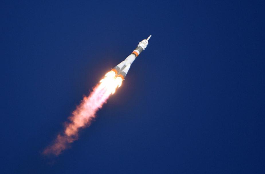 """Erdvėlaivis """"Sojuz"""""""