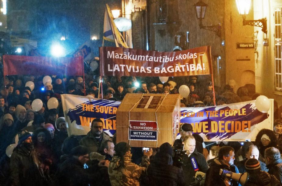 Latvijos rusakalbių protestas prieš permainas švietimo sistemoje