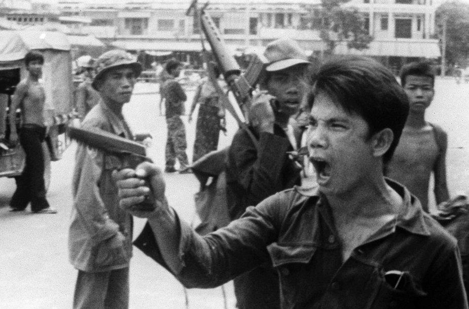 Raudonieji khmerai Pnompenyje (1975 m. balandžio 17 d.)
