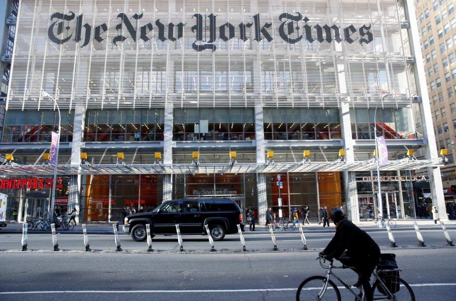 """Donaldas Trumpas dienraščio """"The New York Times"""" redakcijoje"""